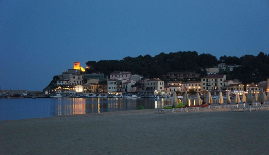 Marina di Campo by night (3a)