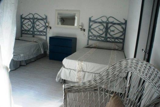 camera con 2 letti x 140 cm