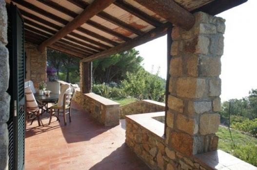 La spaziosa veranda