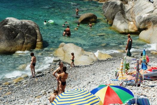 Pomonte spiaggia a giugno a