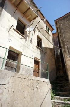 facciata lato valle
