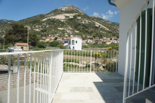 CAPRAIA terrazzo (5)