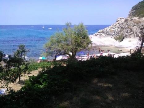 terrazze a confine con la spiaggia