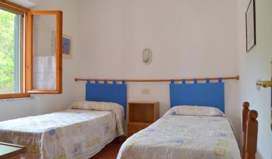 interno camera da letto 1
