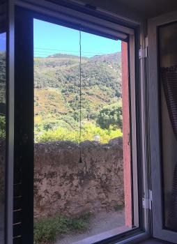 9 finestra della camera con letti singoli