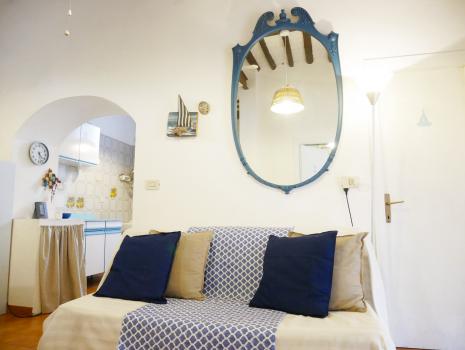 divano+specchio