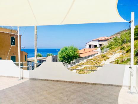 Strandhaus am Badefelsen