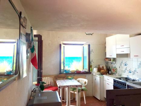 soggiorno-zona pranzo-cucina
