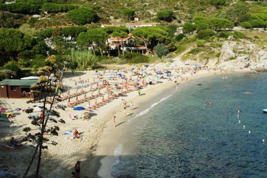 spiaggia Seccheto a luglio