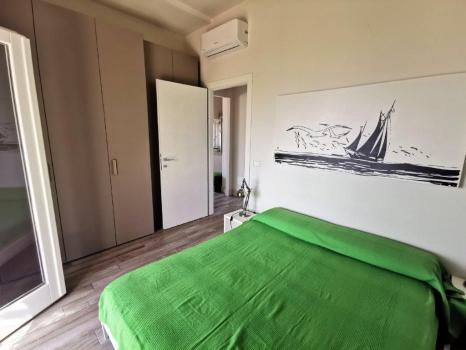 GIGLIO camera matrimoniale con vista mare dal letto (7)
