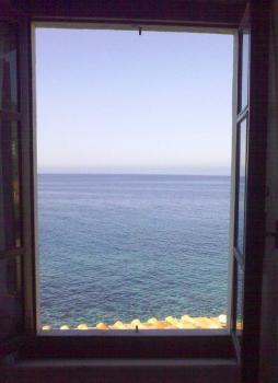 trilocale 1° piano una finestra sul mare