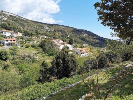 albergo intero in Vallebuia Seccheto