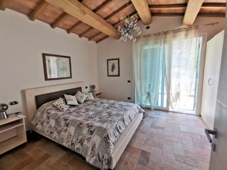 camera da letto pianterreno (2)